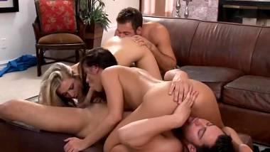 quartetto    il sesso di gruppo